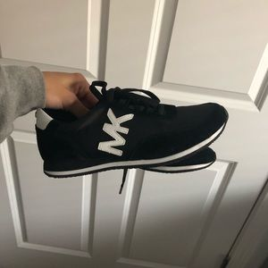 B&W Michael Kors Sneakers